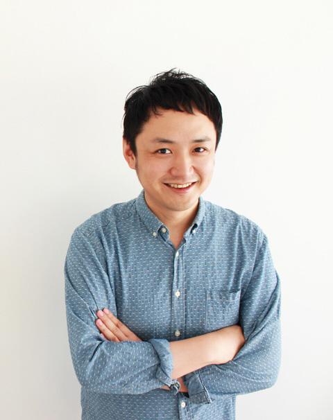 サコッシュデザイナー梅野聡